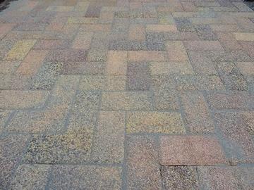Чем заделывать швы тротуарной плитки?